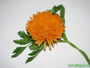 Карвинг-хризантема из моркови
