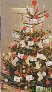 Как украсить елку в год Лошади